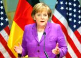 Меркель выступила против отмены санкций против режима Путина