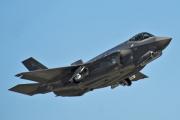 В США приостановили полеты истребителей F-35