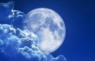 Илон Маск будет отправлять людей на Луну