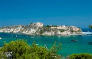 В Италии на острове с населением 200 человек произошли десятки краж: все подозревают всех