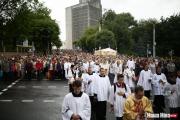 Тысячи верующих провели шествие по проспекту Независимости в Минске