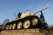 Немецкие газеты потребовали убрать советские танки из Берлина
