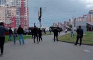 В Малиновке люди скандируют: «Трибунал!»