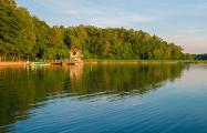 За участок у реки в Минском районе боролись 14 человек