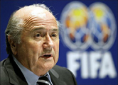 FIFA намерена ввести в футбол видеоповторы