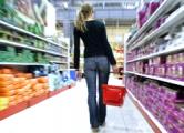 Поставки товаров в торговые сети РФ заморожены из-за обвала рубля