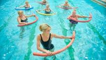 Чем лучше заняться в фитнес клубе: аквафитнес или тренажерный зал?
