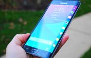 На смартфоны Samsung в Беларуси пришло обновление «по требованию правительства России»