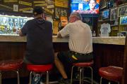 Почти каждый пятый американец поверил в пользу умеренной выпивки