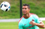 Роналду поработал болбоем во время матча своего сына