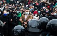Глава штабов Навального оценил число участников протестов по всей России в 250−300 тысяч человек