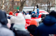 Вечерний марш проходит в Малиновке