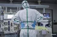 Фотофакт: Врач, которая спасает людей с коронавирусом, до, во время и после смены