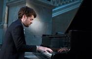 Белорусский музыкант будет 5 часов играть без перерыва
