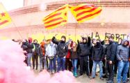 Тысячи каталонцев протестуют из-за ареста Пучдемона