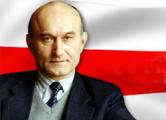 Зянон Пазняк: За одно название  «Бульбашъ» нужно подавать в суд