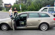 Фотофакт: пьяный бесправник в Бресте убегал от ГАИ на спущенных колесах
