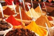 Минчанин незаконно торговал специями и фруктами