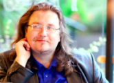Координатора «Европейской Беларуси» вывезли из тюрьмы на улице Окрестина