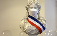 Во Франции коронавирусом за сутки заразились почти три тысячи человек