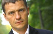 Олега Волчека с гипертоническим кризом забрала скорая помощь прямо из суда