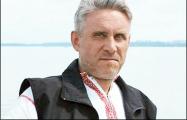 Поэту Славомиру Адамовичу дали два года домашней «химии»