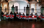 Акции солидарности с белорусами прошли в Санкт-Петербурге и Москве