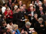 Синод Церкви Англии проголосовал против женщин-епископов