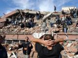 В результате землетрясения в Турции погибли до 1000 человек