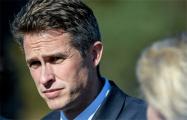 Министр обороны Британии отправлен в отставку