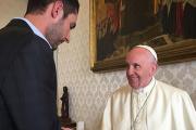Папа Римский обсудил с основателем Instagram «силу изображения»