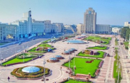 Фотофакт: В Минске появился свой Лев Толстой