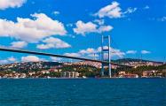 Движение судов по проливу Босфор приостановили из-за аварии