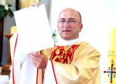 Ксендз Лазарь служит в костеле в Вилейке