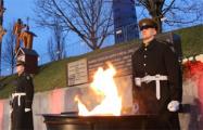 В Вильнюсе зажгли костры в память о защитниках свободы