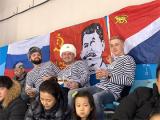 На Олимпиаде российские болельщики вывесили баннер с изображением Сталина