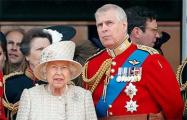 Сын Елизаветы II рассказал, как она переживает уход из жизни принца Филиппа