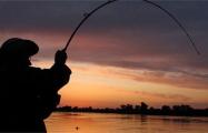 Под Воложином предприимчивый рыбак слил воду из озера