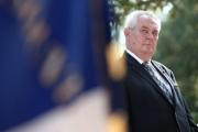 Президент Чехии и американский посол поругались из-за поездки на Парад Победы
