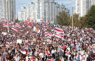 Сильные кадры Марша Героев объединили в одном видео