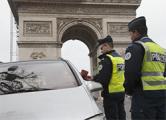 Франция наймет 2600 полицейских для борьбы с террором