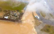 В Минске почти сутки устраняли прорыв трубопровода с горячей водой