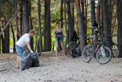 Активисты провели уборку на озере в Бресте