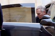 Французский премьер отправлен в отставку