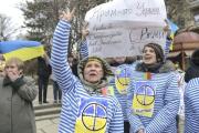 Вещание украинских телеканалов в Крыму полностью прекращено