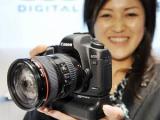 """Зеркалка"" Canon отобрала у iPhone звание самого популярного фотоаппарата на Flickr"