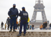 Во Франции сохраняется высшая степень угрозы террора