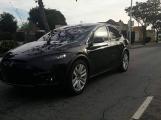 Первый кроссовер Tesla «засветился» на дороге (Фото)
