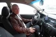 Таксист на Geely: «Недовольные пускай покупают Aston Martin»