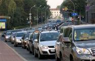 Автомобилистов Минска хотят пересадить на общественный транспорт